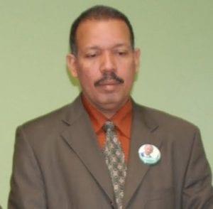Profesor Mario Hernández.