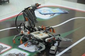 La robótica educativa es un programa creado para trabajar con pequeños robots educativos, con la finalidad de que los niños desde muy pequeños aprendan a programar