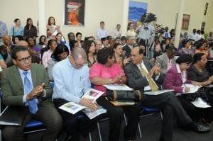Público que asistió al lanzamiento del catálogo de Inafocam