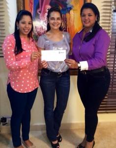 Vianela Acosta,Nelva Peláez y Cristina García de Acosta