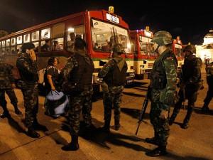 Militares controlan las ciudades luego del golpe de Estado.