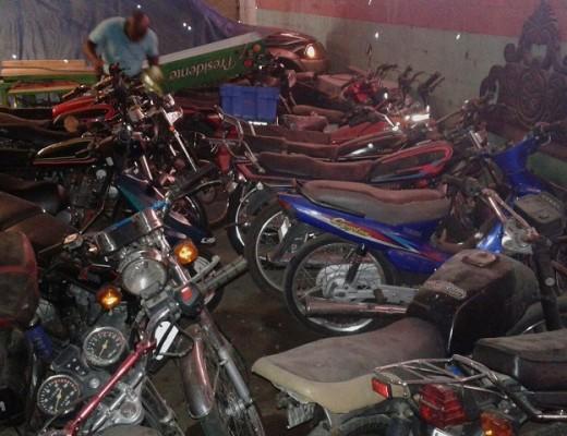 Motocicletas ocupadas en el Ejido y que son depuradas por la Fiscalía de Santiago.