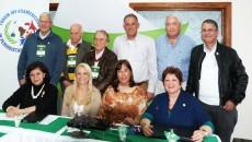 Directivos del Forum Iberoamericano de Periodistas de Turismo reunidos en Gramado