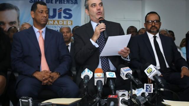 El candidato del PRM celebró el Dia del Poder Judicial.