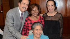 Tony Raful, Lidia Ariza y Delta Soto junto a Brunilda Amaral durante la puesta en circulación del libro.