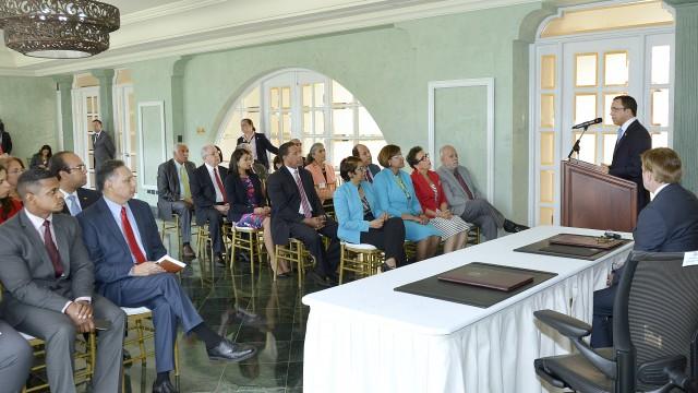 El acto de firma del acuerdo se llevó a cabo en la sede de la cancillería.