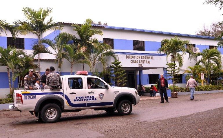 Resultado de imagen para policía en santiago, rd