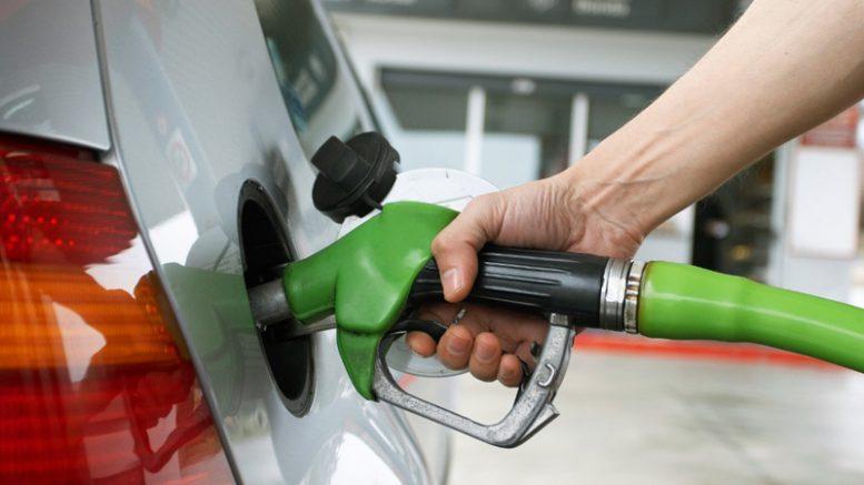 Resultado de imagen para foto expendio de combustibles en rd