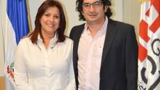 Matilde Chávez junto a Roberto Angulo