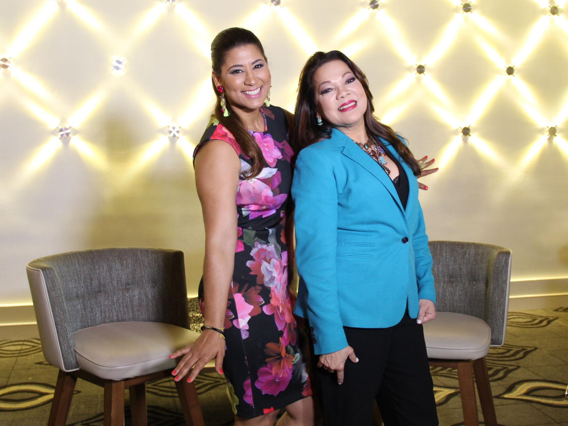 Ángela Carrasco y Yenny
