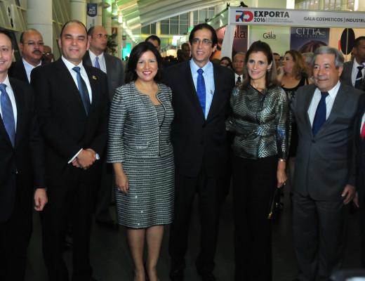 Margarita Cedeño de Fernández encabezó el acto RD Exporta.