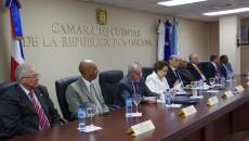 Firma del acuerdo entre la Camara de Cuentas y el PNUD este lunes en la sede principal de la institucion fiscalizadora de los recursos publicos