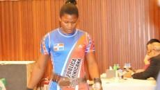 Crismely Santana, levantó 107 de arranque y totalizó 133 kilos en la marca de los dos tiempos.