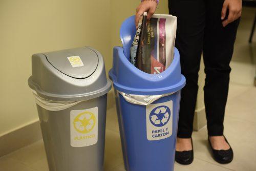 Resultado de imagen para Reciclan  9 mil libras de desechos sólidos en el Palacio