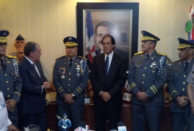 Medina destituye al Director de la Policía Nacional