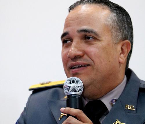 Presidente designa a Ney Aldrin Bautista nuevo director de la Policía