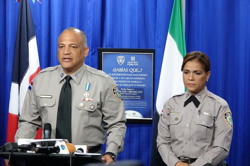 Polic a nacional desmantela oficina migratoria clandestina for Oficina policia nacional