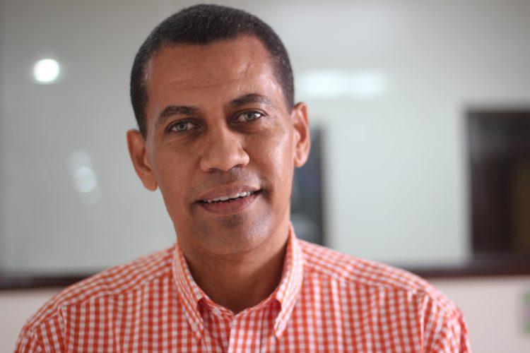 Gómez Mazara denuncia Miguel Vargas pretende perpetuarse en el PRD