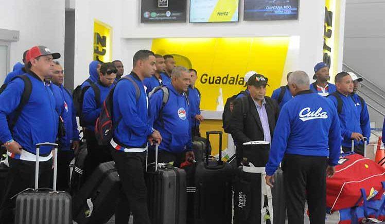 México agoniza en Serie del Caribe tras caer ante Venezuela