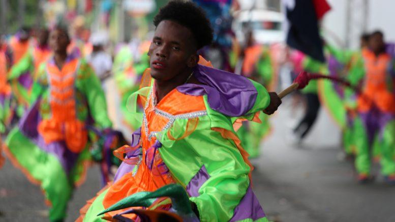 Colorido y creatividad se manifiestan en desfile Carnaval Dominicano