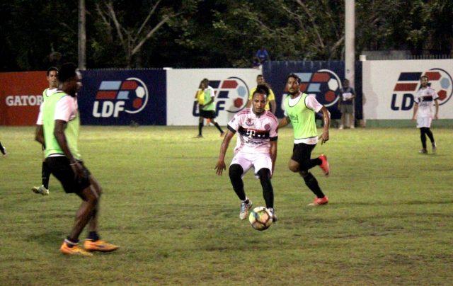 Dos goles de Sasa Cabrera dan primer triunfo a Muñoz en Fútbol de Puerto Plata - DiarioDigitalRD