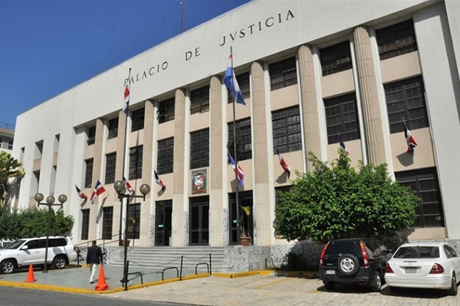 Tribunal condena Donni Santana a 20 años por incesto - DiarioDigitalRD