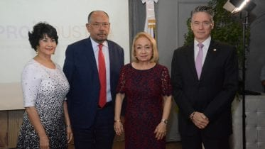 Tilza Gómez, Victor Ortíz, Alma Fernández, Wifredo Oliver