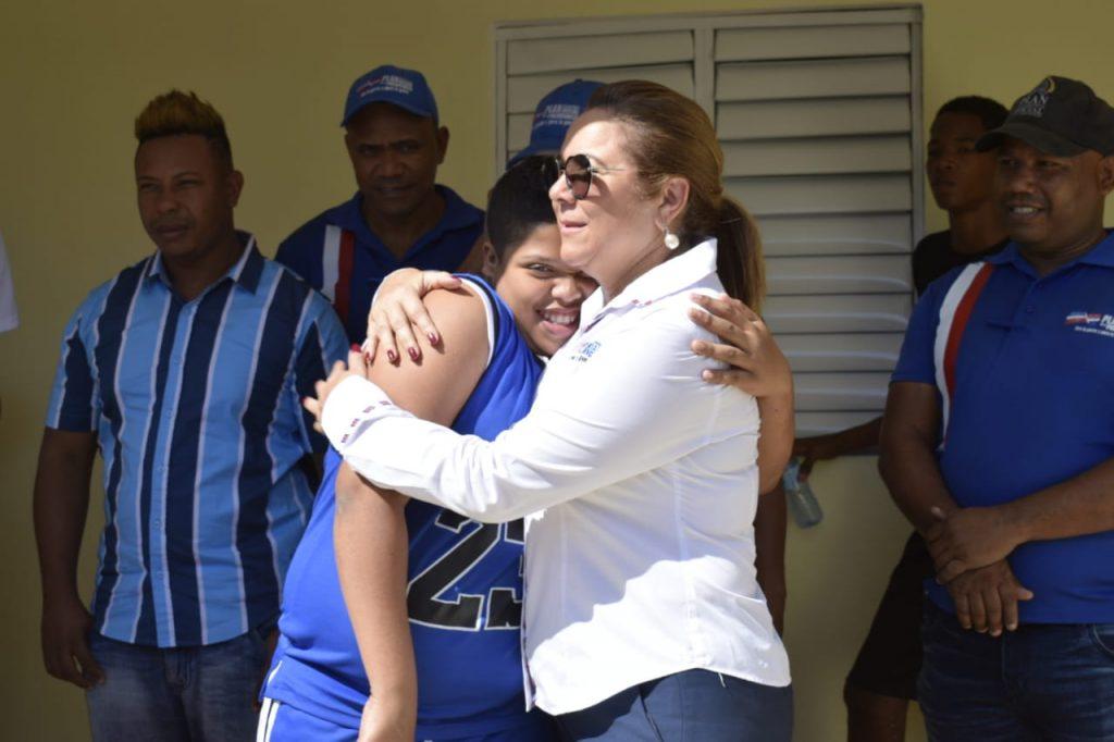Resultado de imagen para Ganador de Dominicana's Got Talent recibe casa gracias a donaciones