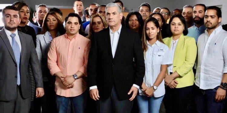 Gonzalo Castillo exige investigar fallas en el voto automatizado