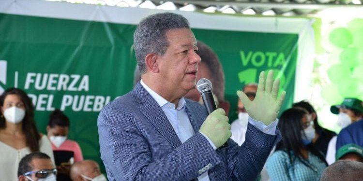 Leonel Fernández dice por maltrato en el PLD miles de peledeístas pasan a Fuerza del Pueblo